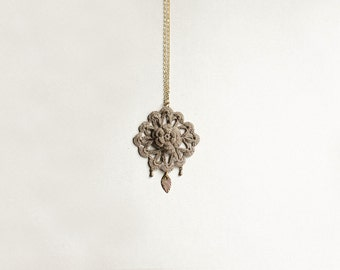 Flower necklace boho chic with taupe lace pendant