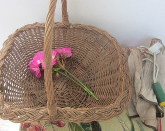 Vintage Country Farmhouse Flower Basket
