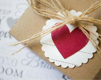 Round Scallop Heart Tag - Set of 20