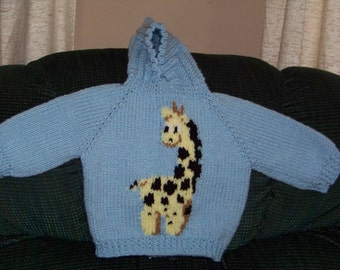 Babys/ infants hand knitted hooded sweater Zipper down the back sweater with girraff.