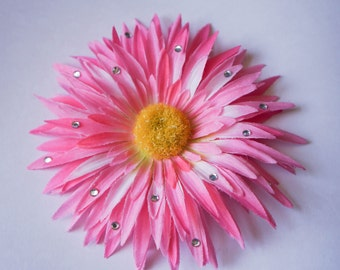 DISCOUNTED! Flower Hair Clips, Light pink or Green