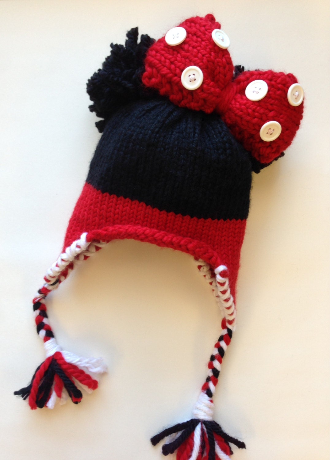 Knitted Minnie Mouse Hat Pattern : Minnie Mouse Knitted Hat Pattern for Beginners