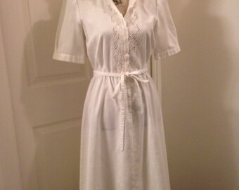Vintage Handmade Cream Muslin Embroidered Casual Short Sleeve Dress Size S-M