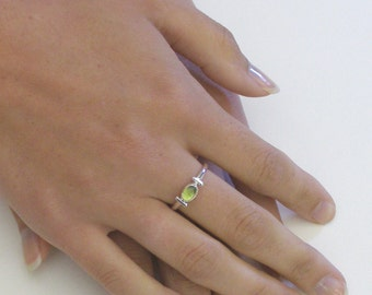 Simple Modern Peridot Ring, Sterling Silver Bezel Set with Green Peridot Cabachon ~ August Birthstone