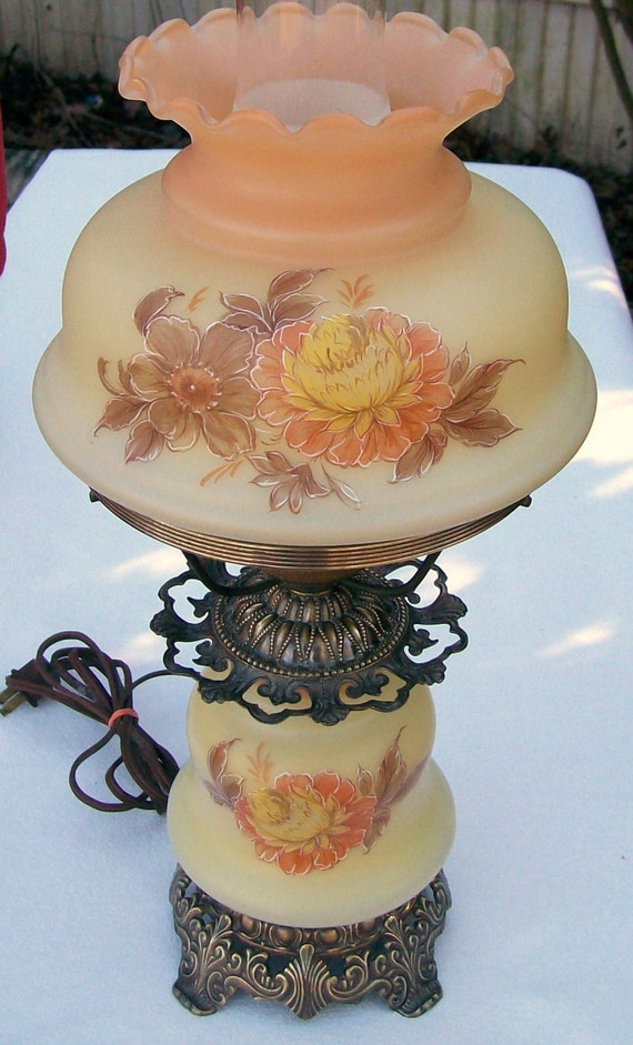 vintage 1973 quoizel hurricane gwtw table desk lamp night light. Black Bedroom Furniture Sets. Home Design Ideas