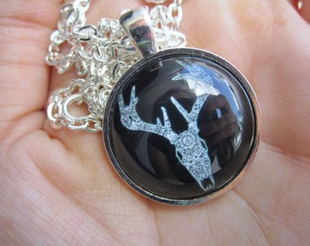 Lace Stag Skull Pendant Neclace