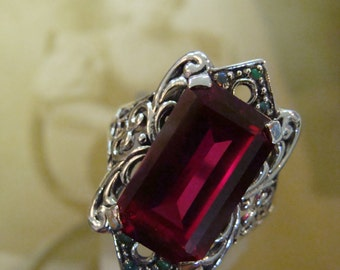 Stunning Sterling Silver Ruby & Opal  Ring  Size 8.75