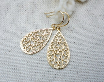 Simple teardrop earrings, Small teardrop earrings, Teardrop filigree, Wedding jewelry, Bridesmaid earrings, Prom jewelry