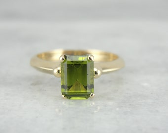 Simple, Sophisticated Ladies Ring with Fine Peridot Center XXH43X-D