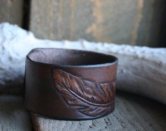feather cuff bracelet, dark brown, leather tooled