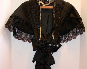 Antique VICTORIAN SHOULDER CAPE in Black Silk, with lace and jet beading. 1890s. Mourning cape. Goth Black Capelet Wrap.