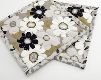 Floral Quilted Pot Holders, Fabric Hot Pads, Cotton Potholders - Taupe, Ivory, and Black Daisies