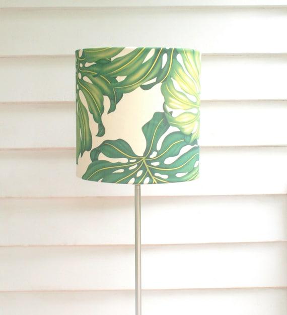 tropical vert abat jour tissu de feuille de monstera grand. Black Bedroom Furniture Sets. Home Design Ideas