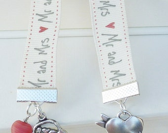 Bookmark Mr. and Mrs. wedding love heart