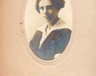 Antique Photo of Pretty Lady