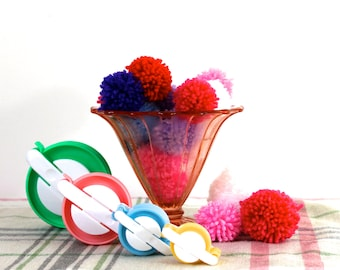 Yarn pom pom maker set - uk - craft - pom pom makers - fluff ball weaver for making hand crafted accents - tool.
