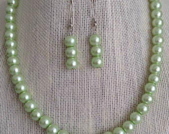 Mint Green Pearl Necklace, Mint Green Wedding, Bridesmaid Jewelry, Mint Green Necklace, Mint Green Earrings, Bridesmaid Gift