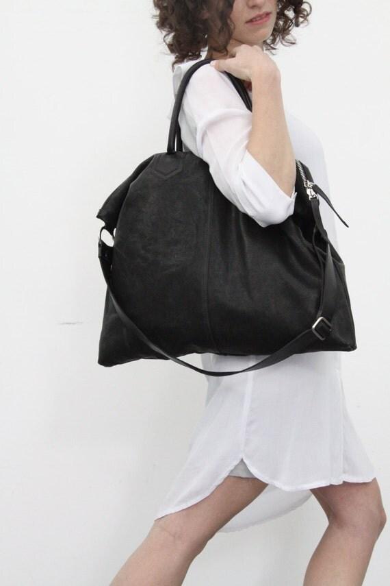 Black Leather Over Shoulder Bag 35