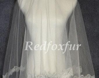 A layer elbow length bridal veil, Alencon lace bridal veil, lace sequined veil
