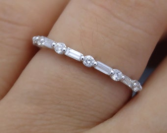 Full Cut Round and Baguette Diamond Band