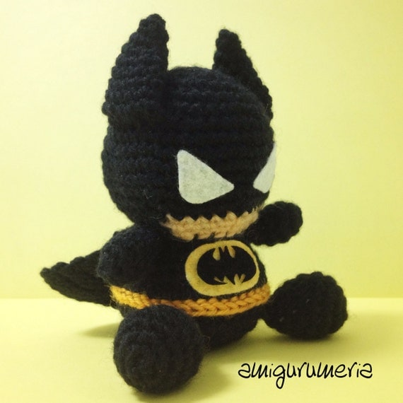Free Amigurumi Batman Pattern : BATMAN Amigurumi Pattern SuperHero Layer Marvel Easy DIY PDF
