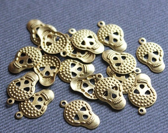 100 Raw Brass Skull Charms, Findings (17x10 mm) - Gold Skull Charms, Gold Skull Pendant, Raw Brass Skull Pendant, Brass Skull