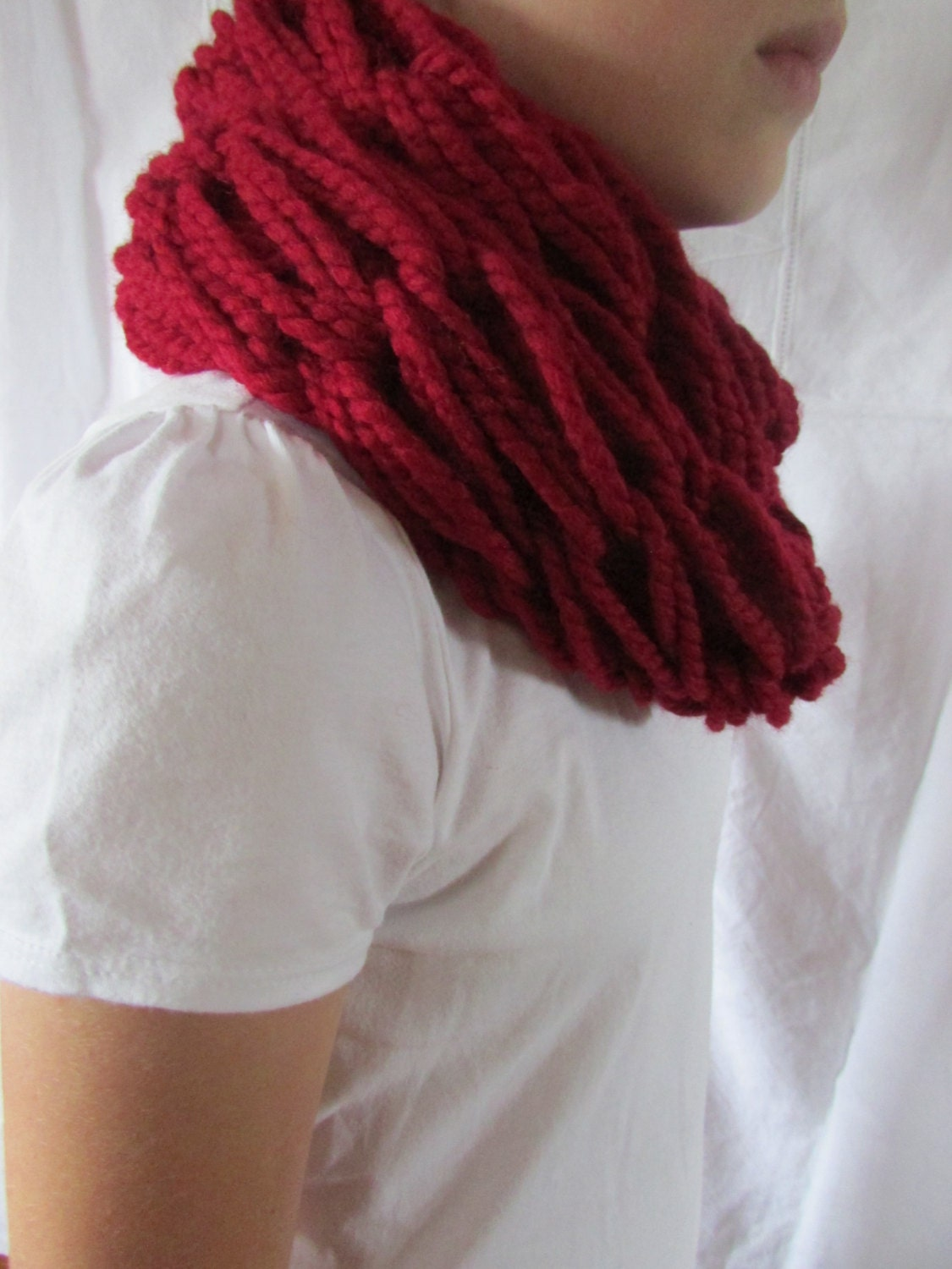 Infinity Scarf Knitting Pattern Super Bulky : Arm knitted Infinity scarf or cowl super bulky infinity scarf
