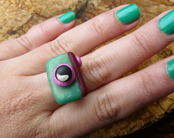 Camera Ring, Green Statement Ring, Photographer Jewelry, Camera Lover Gift, Polymer Clay Camera, Say Cheese Jewelry
