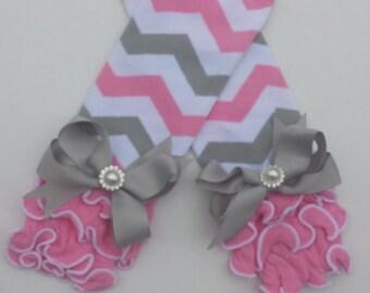 Pink gray & white chevron cotton ruffled leg warmers with bows,chevron,photo prop,baby girl legwarmers,toddler legwarmers,girls arm warmers