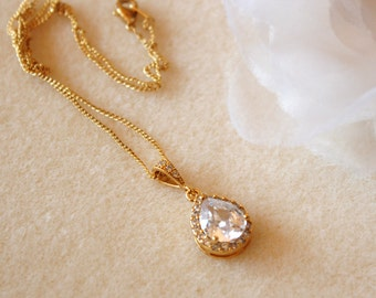 Gold Wedding Necklace Bridal Necklace Cubic Zirconia Teardrop Pendant Crystal Necklace Bridesmaid gift Wedding Jewelry Wedding Gift