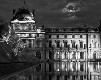 Paris black and white photography, Louvre at night, Paris photography, black and white photo, full moon, Paris decor, fine art print