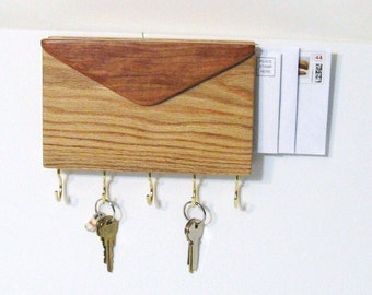 Mail And Key Holder Made Of Cherry And Oak Woods