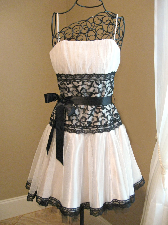 Vintage Gunne Sax Jessica McClintock short dress White