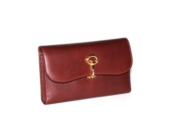 GUCCI Vintage Wallet Burgundy Lizard Skin Logo Clasp Large Clutch - AUTHENTIC -