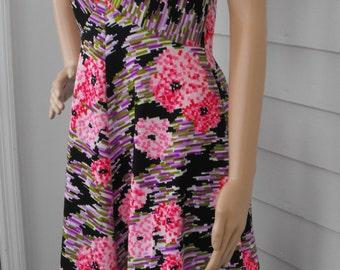 70s Maxi Dress Mod Print Hippie Sleeveless Floral Vintage 1970s S M
