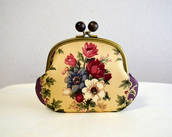 Victorian floral frame purse with wooden balls - Purple, , Cotton fabric, Flower, novelty,Multiple,