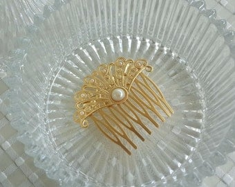 Pearl hair conb - Gold Hair Comb - Bridal Hair Comb - Bridal Hair Accessories - Wedding Hair Jewelry - Rhinestone Hair Jewelry - hair piece
