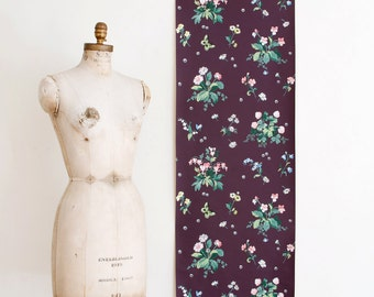 Vintage Floral Wallpaper Roll on Matt Purple Background - Mid Century