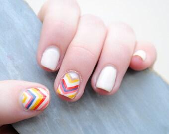 Chevron Hand Painted Fake Nails