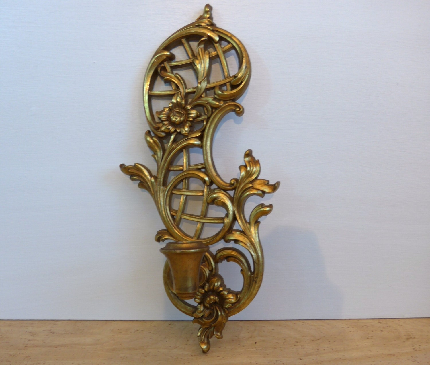 Vintage syroco gold ornate candlestick sconce hollywood for Hollywood regency wall decor