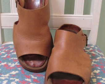 Vintage Tan Leather Sandal Shoes by Dansko Women's Size 41 US Size 10 - 10.5 Made in Portugal