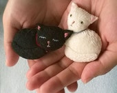 Sleeping Black Cat Felt Brooch with Embroidery Details, OOAK Handmade Brooch, Cute Kitty Cat Pin