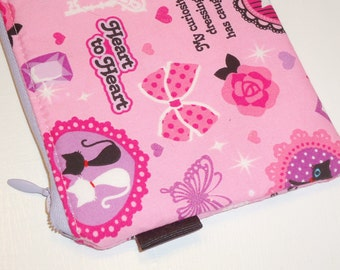 Kawaii Padded Zip Pouch / Kitty Cosmetic Case / Gothic Lolita Card Wallet / Handbag Organizer / Coin Purse -- Other Colors Available
