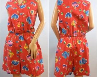 Red Floral Romper | 1970s 1980s Vintage Onesie | Size Medium