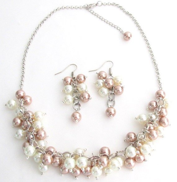 Cluster Necklace, Wedding Jewelry, Chunky Necklace Sets, Pearl Necklace, Ivory Champagne Necklace, Bridesmaid jewelry Free Shipping In USA