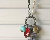 Vintage Heart Necklace - Amor