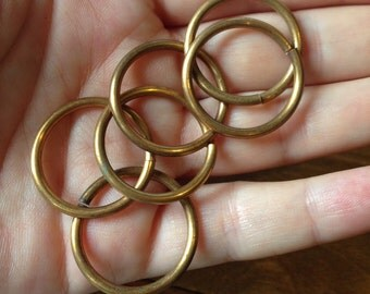HUGE Red Brass Jump Rings - 13 gauge (16X) (F544)