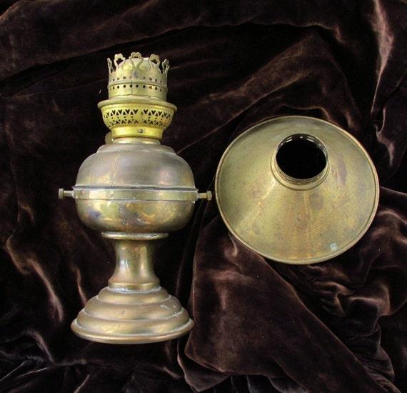 Antique Sherwoods Ltd Gimbal Oil Lamp Boat Cabin Lantern
