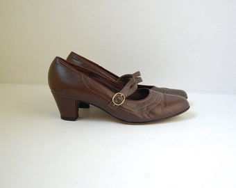 brown leather MARY JANE shoes 9
