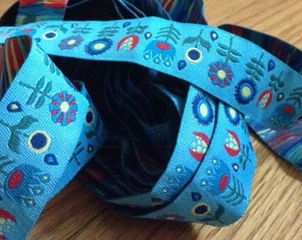 Jessica Jones RIBBON - 7/8 Inch x 5 Yards - Retro Flowers - Blue